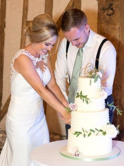 Buttercream wedding cake blake hall essex wedding